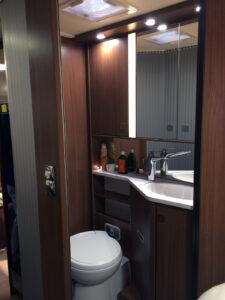 Bürstner Ixeo T734 Toilette