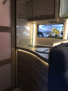 Euramobil Profila RS695 QB Küche