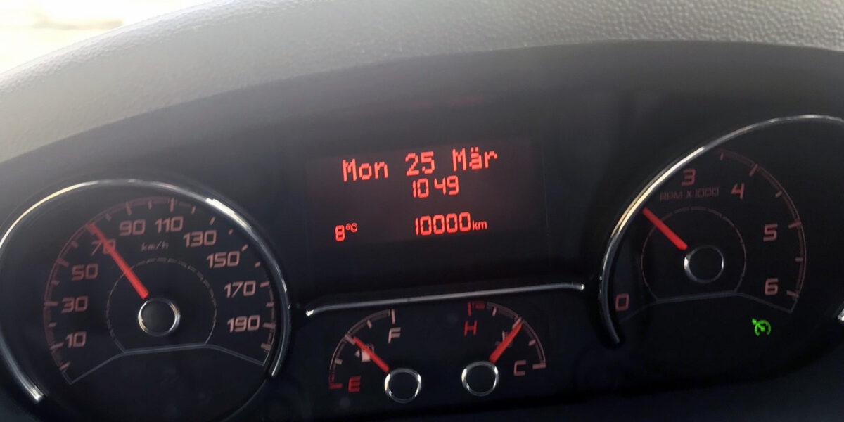 Tacho 10.000 km