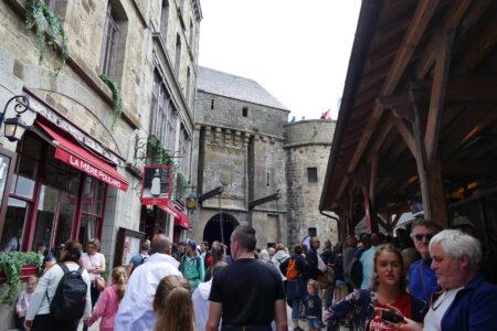 Dorf - Le Mont Saint Michel