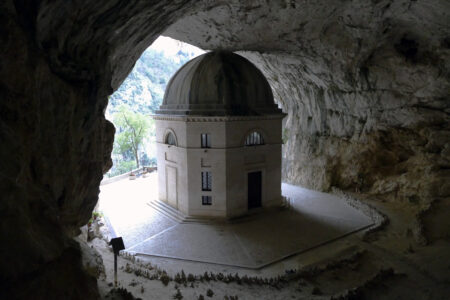 Tempel von Valadier